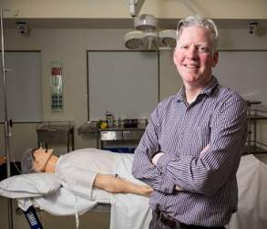 Dr. Rhys Thomas/ABC Newcastle:David Virtue